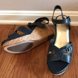 Navy boden wedge